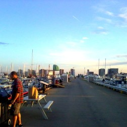 massachusetts boston USA unitedstates unitedstatesofamerica eastboston harbor shipyard marina sunset beautiful sol sun sunny bbc barbacue asado