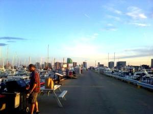 massachusetts boston USA unitedstates unitedstatesofamerica eastboston harbor shipyard marina sunset beautiful sol sun sunny bbc barbacue asado