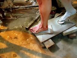 painting pintura feet foot pies priming imprimacion lifesize woman sculpture escultura mujer tamañonatural resin resinpolyester resinapolyester