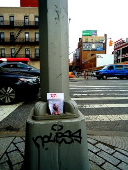 freeartfriday freeart thestreetisourgallery FAF project proyecto little sculptures women heads cabeza mujeres city ciudad freeart chelsea newyork newyorkcity USA