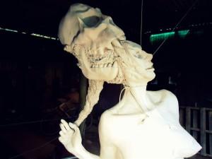 priming imprimacion lifesize woman sculpture escultura mujer tamañonatural resin resinpolyester resinapolyester skull craneo calavera