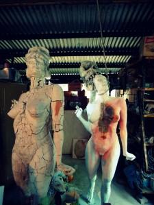 decay clay arcilla priming imprimacion lifesize woman sculpture escultura mujer tamañonatural resin resinpolyester resinapolyester skull craneo calavera twins mellizas